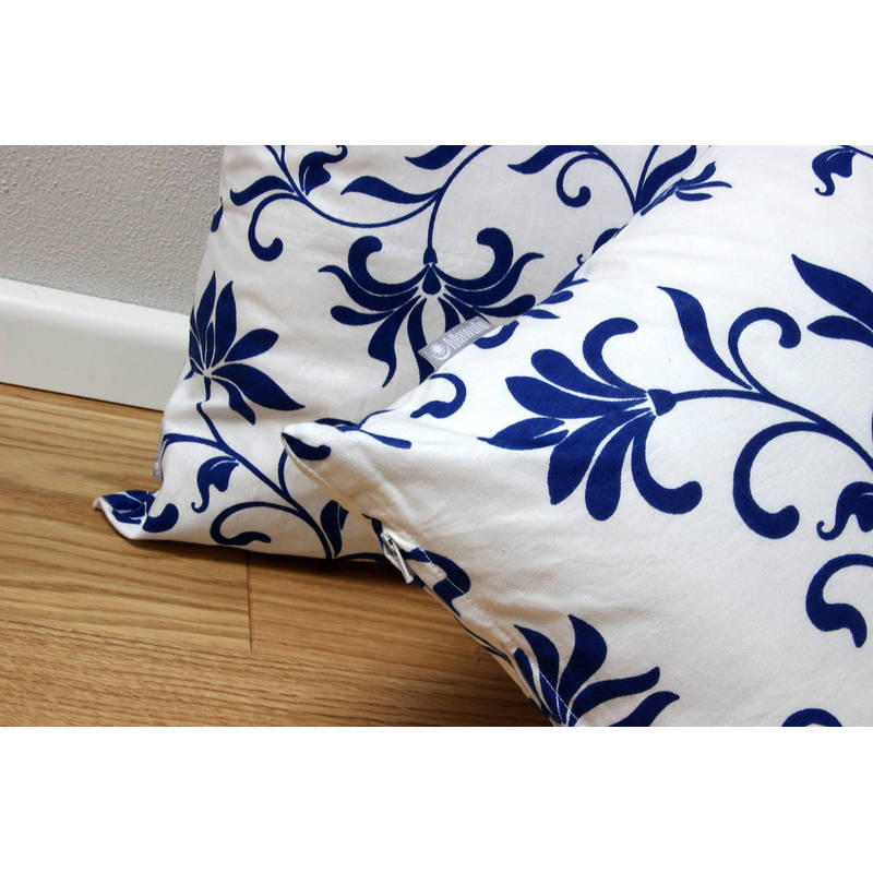 African cushion cover Abena with white-blue floral pattern 40x40cm online