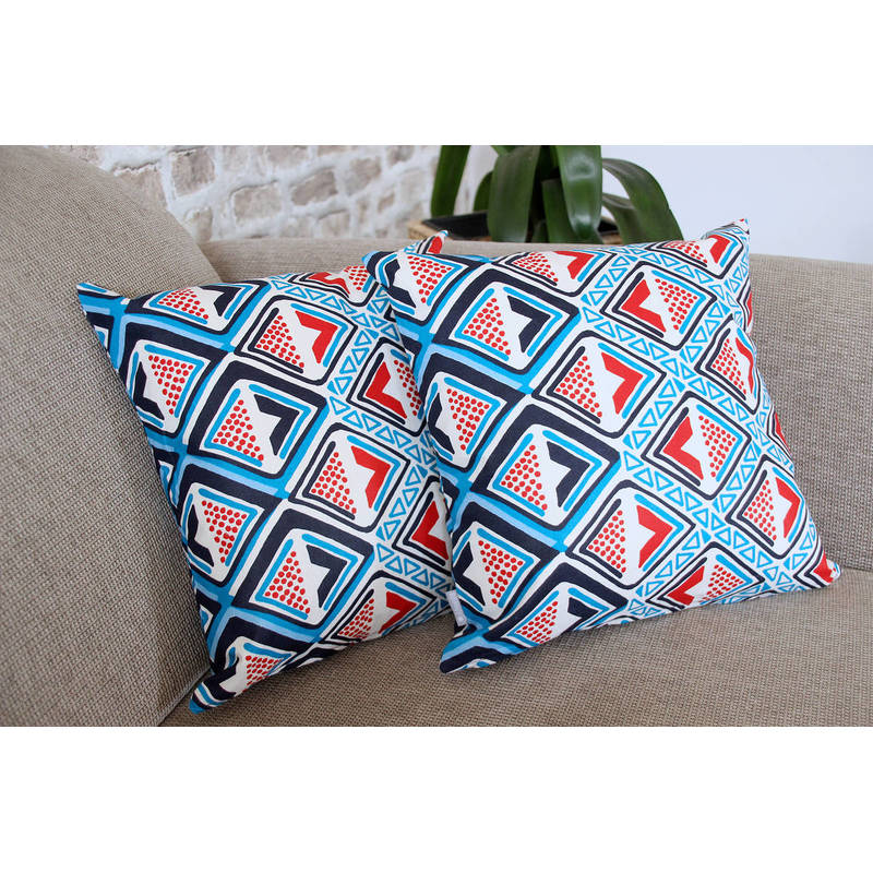 colorful pillowcase Kwame with dark and bright blue-red diamond pattern 40x40cm online